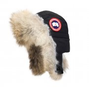 Canada Goose Aviator Hat in Black