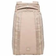 The Hugger 30L in Desert Khaki
